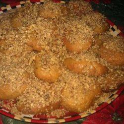 Παραδοσιακή συνταγή! Σμυρνέικα μελομακάρονα (φοινίκια)… και τα μυστικά τους !!!