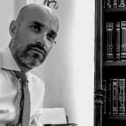 Συνέντευξη εφ' όλης της ύλης με τον δικηγόρο Βάσο Καραμπίλια