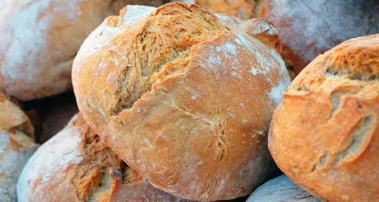 Ψωμί χωρίς μαγιά... με σόδα και γιαούρτι