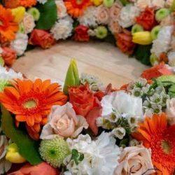 Για τα στεφάνια από λουλούδια