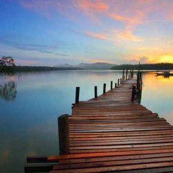 Μην ξεχνάς τη λίμνη σου, μην ξεχνάς το βάθος σου άνθρωπε!